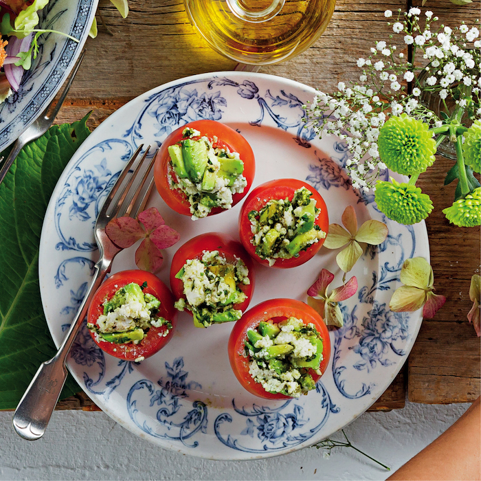 Pesto, avocado and ricotta stuffed tomatoes on mykitchen.co.za