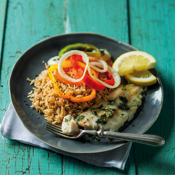 Baked fish with peppers and savoury rice
