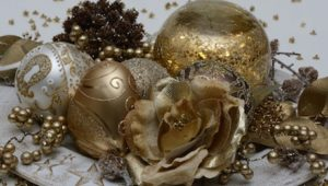 Affordable festive decorating
