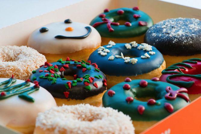 Dunkin' Donuts festive