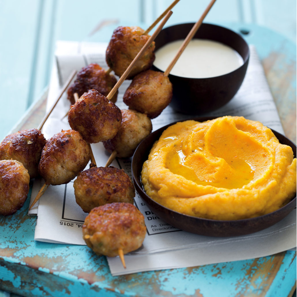Chicken koftas, butterbean hummus and dip