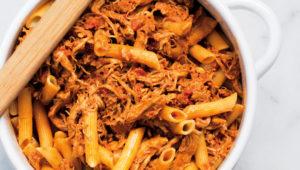 One-pot chicken enchilada pasta