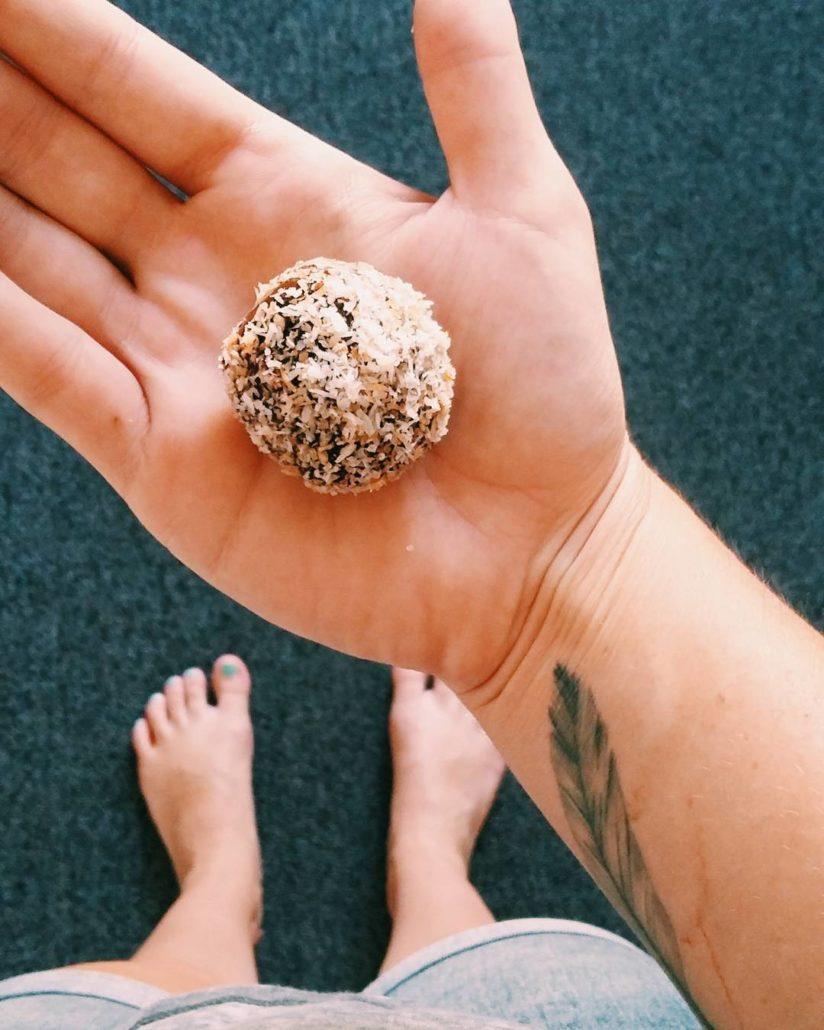 Heather's oat energy balls