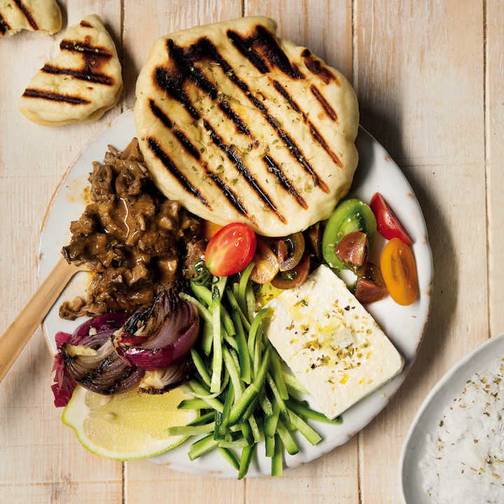 Pulled beef pita plates