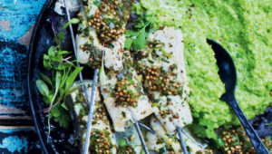 Hake kebabs with mushy peas