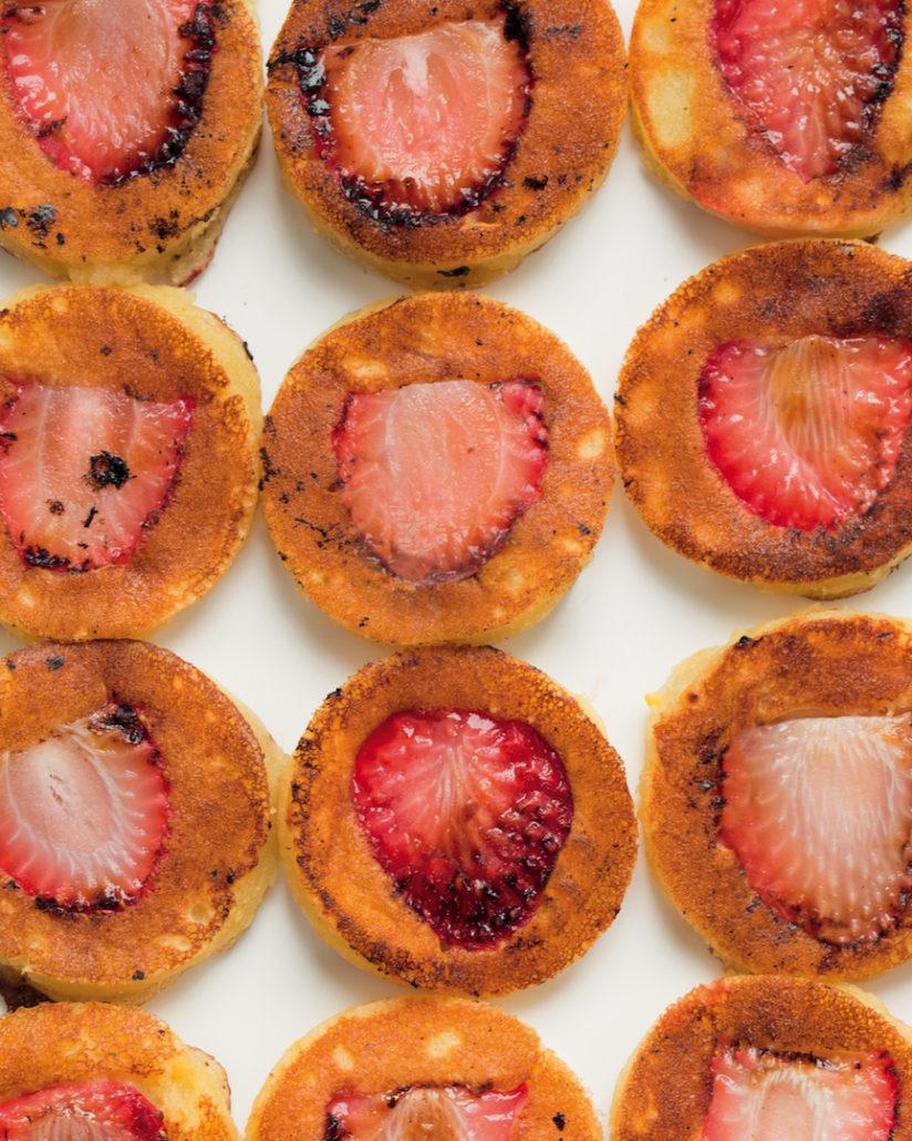 Mini strawberry flapjacks