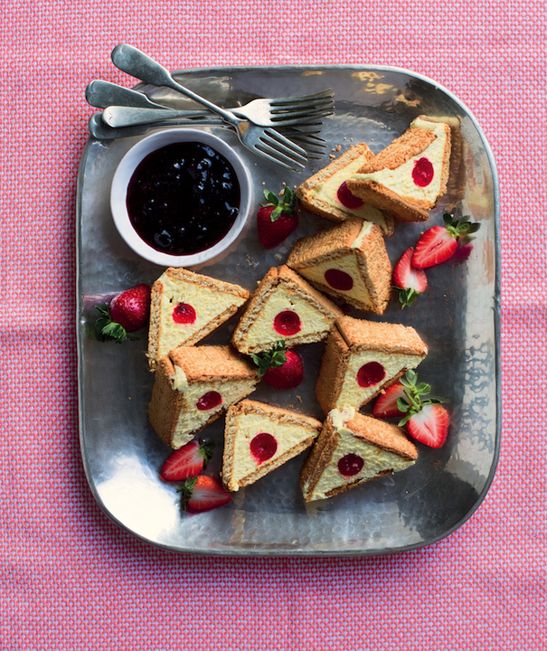 triangle cheesecakes