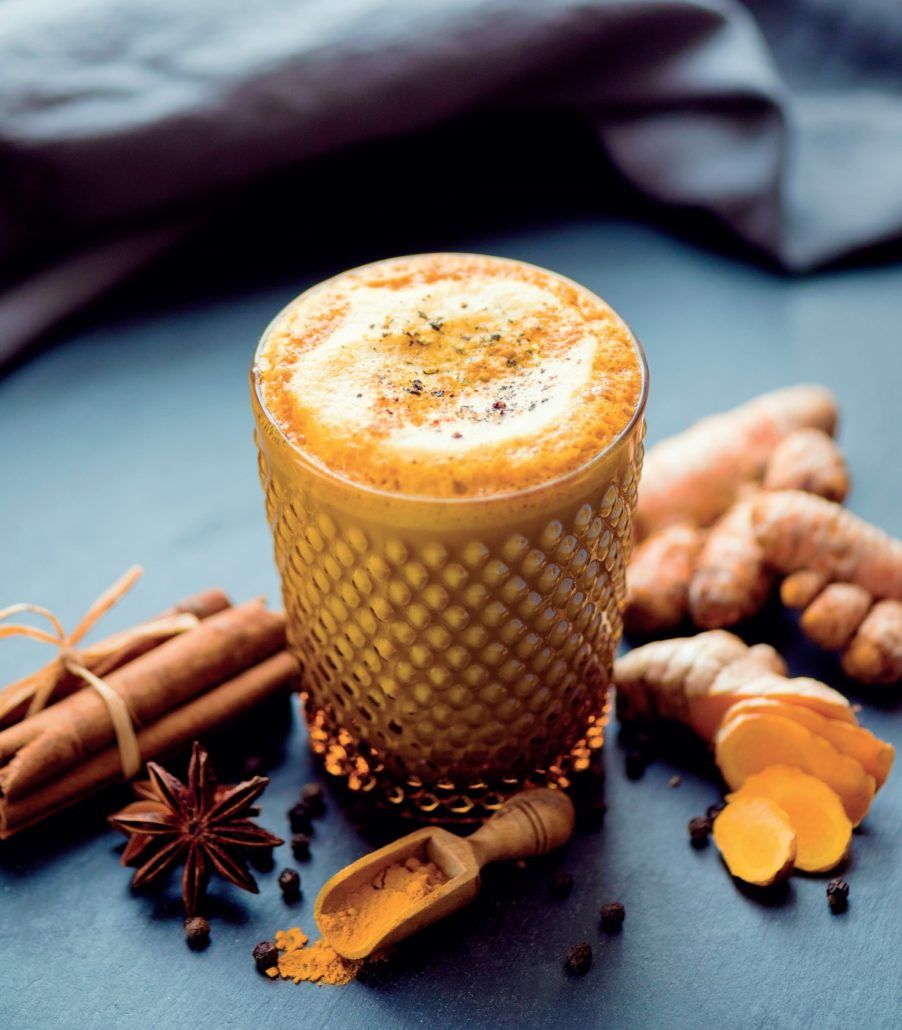 How to make a golden latte from scratch