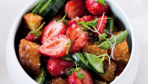 Strawberry panzanella