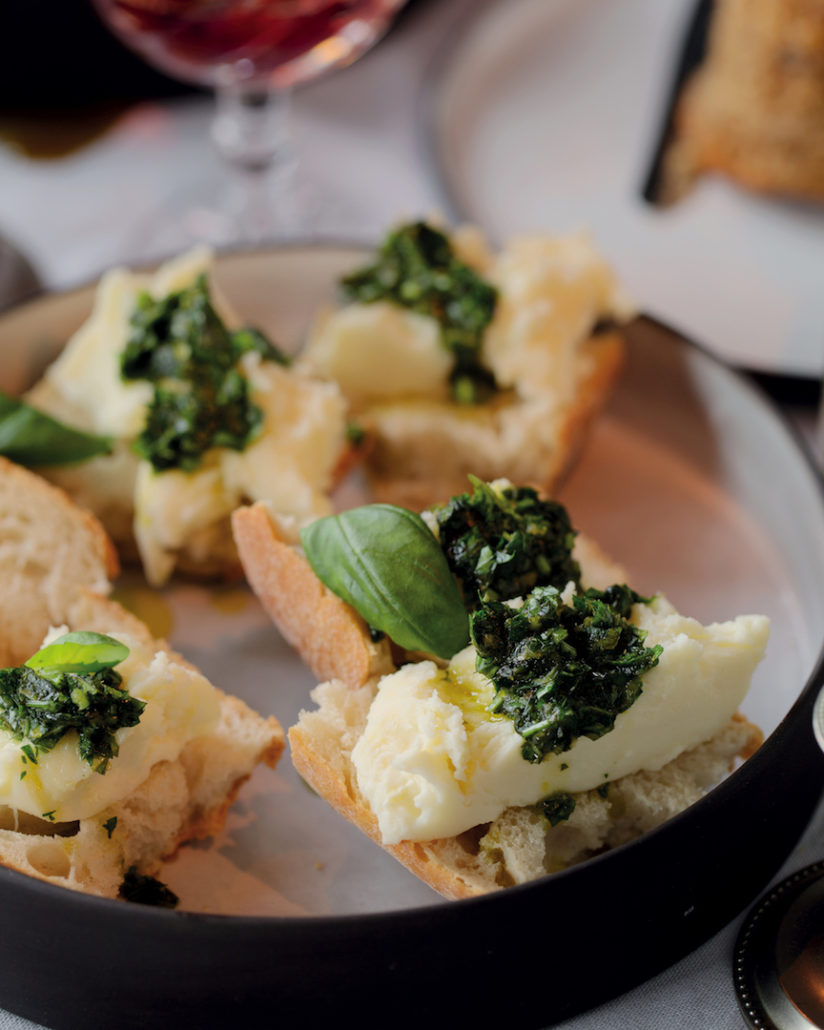 Fresh mozzarella with gremolata