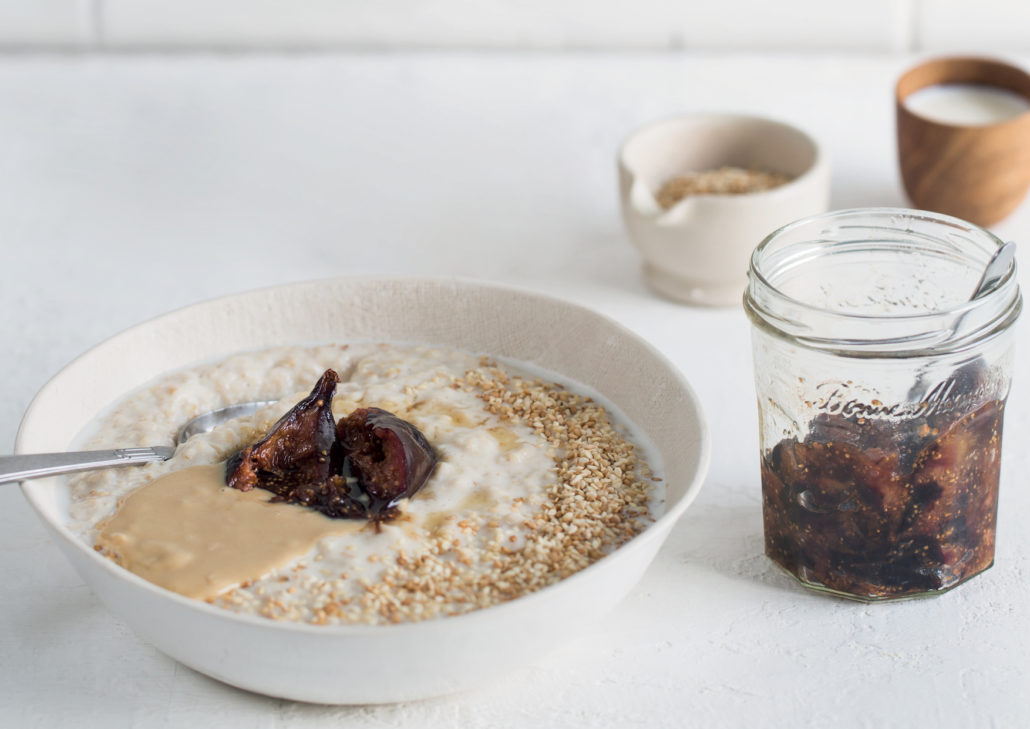 Sesame oats with fig jam