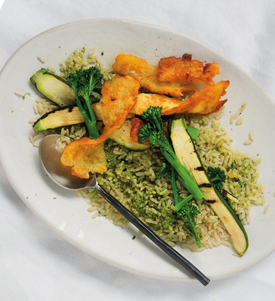 Baby marrow, broccoli and halloumi with pesto rice