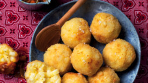 Deep-fried samp and cheese balls