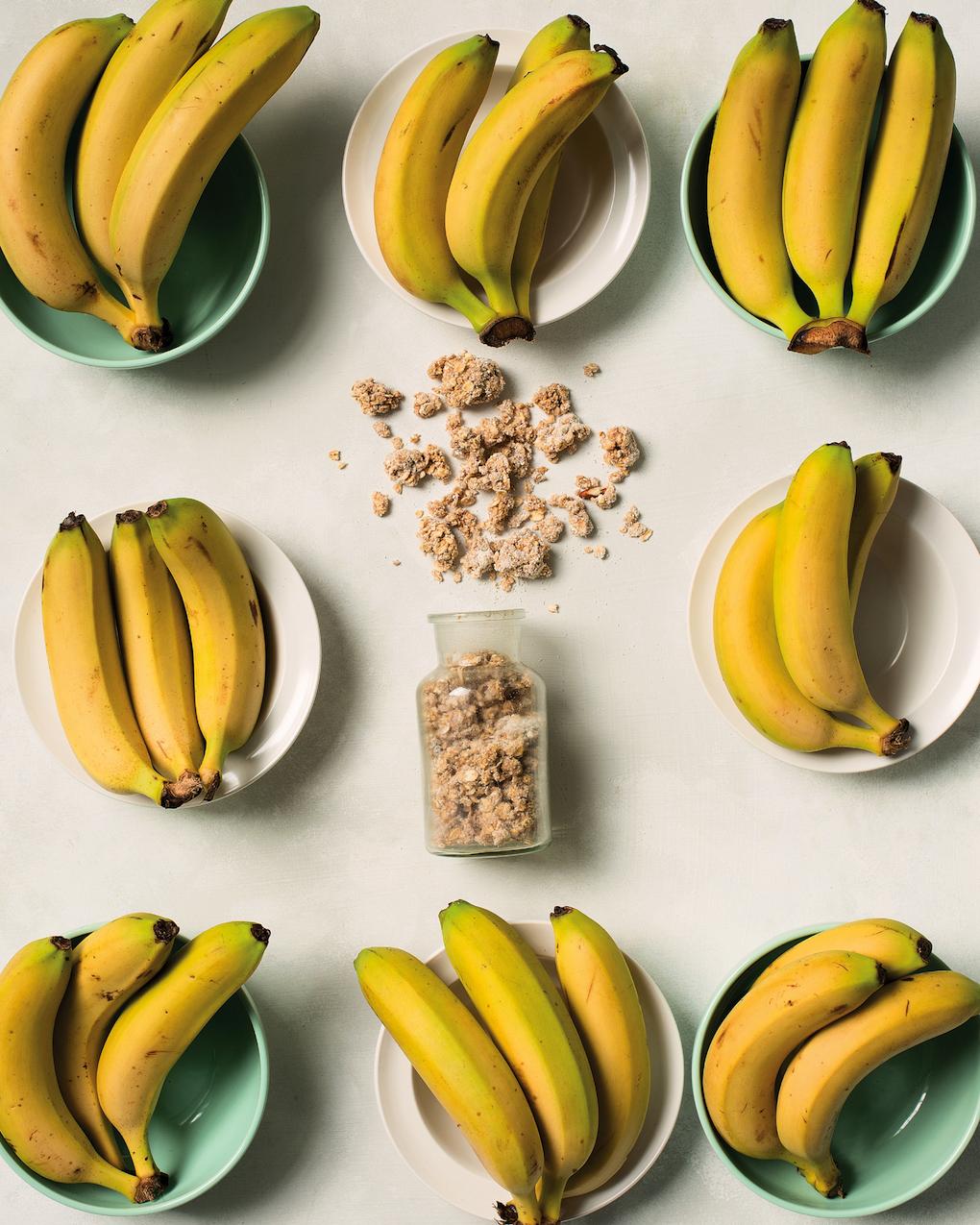 Banana bread breakfast rawnola
