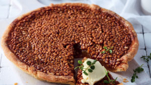 Honey and pine-nut tart