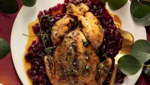 Herbed chicken with cranberries