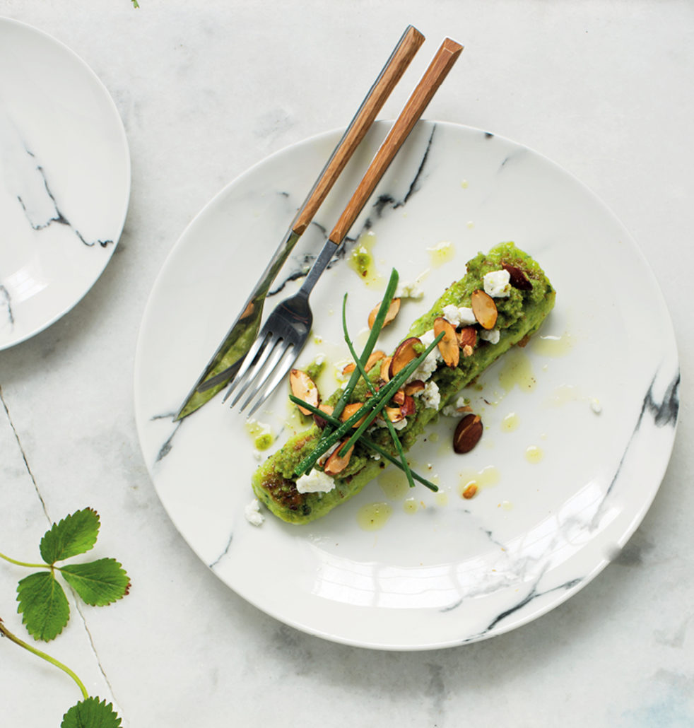 Spinach gnocchi with goat's cheese and chive pesto