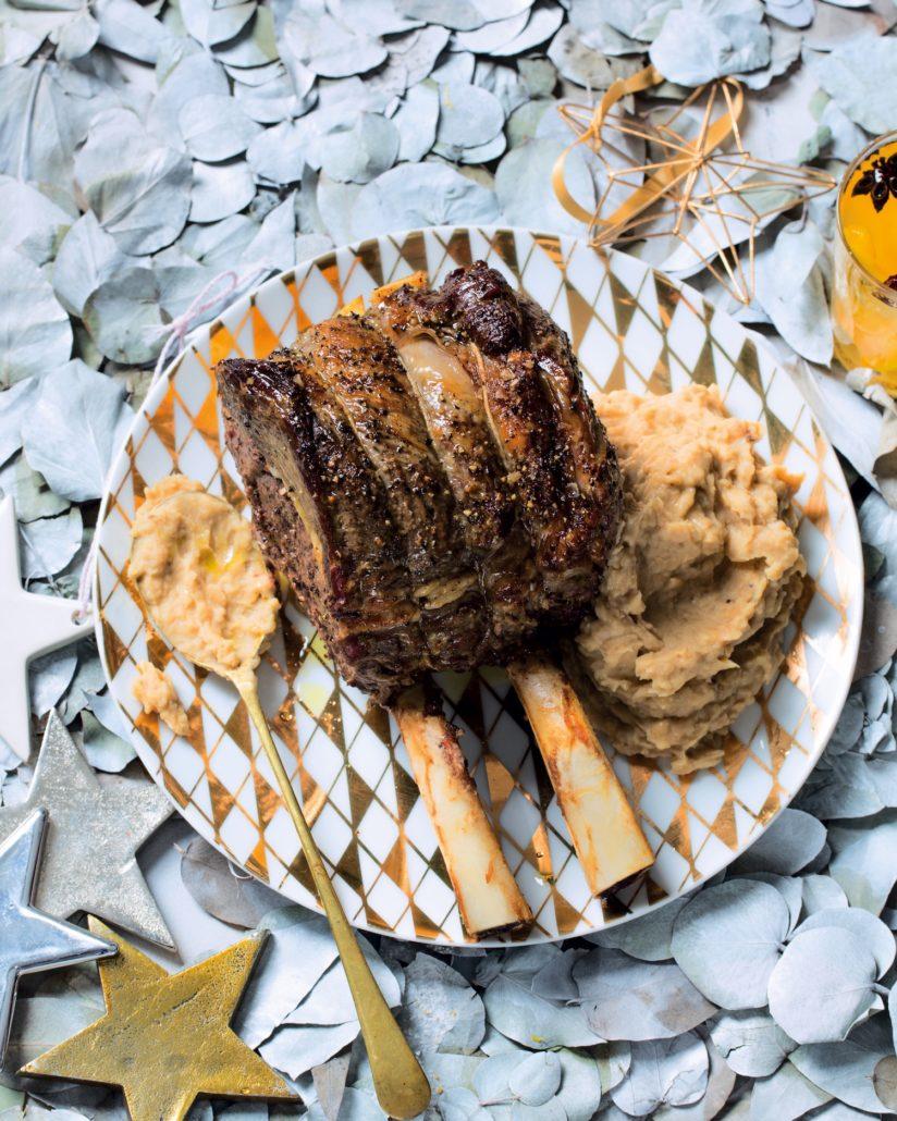 Prime rib roast with white bean mash