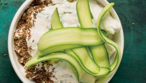 Roast-garlic and cucumber raita