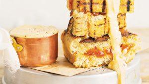 Braaibroodjie cheese fondue