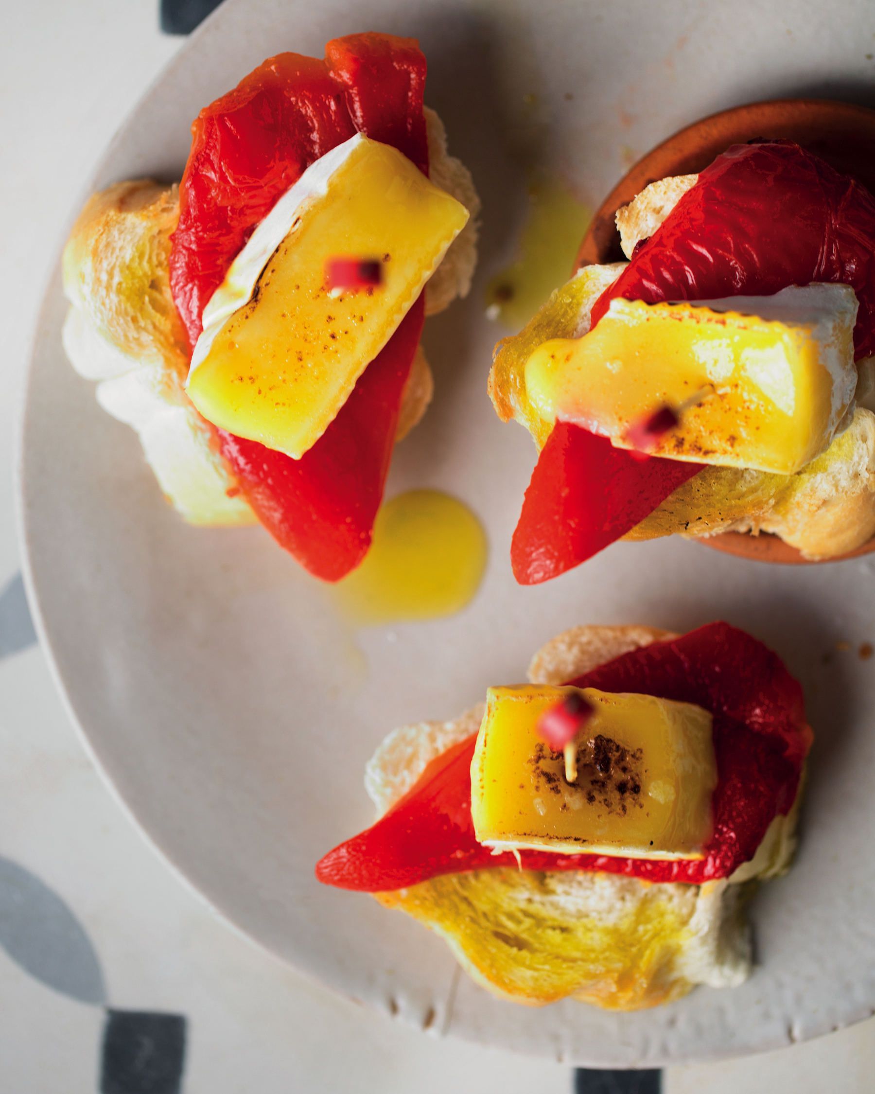Red pepper and Brie Pinchos
