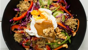 Raw veg and quinoa salad