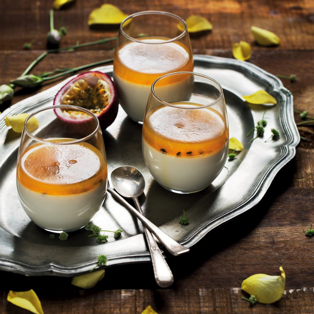 Vanilla panna cottas with granadilla jelly