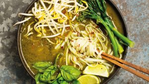 Vegan green curry with crispy galangal