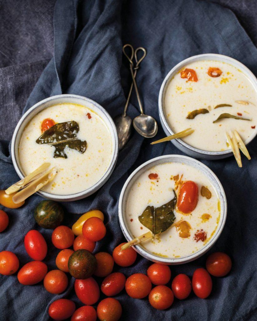 Fragrant one-pot coconut & tomato soup