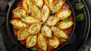 spinach and cheese-stuffed pasta shells